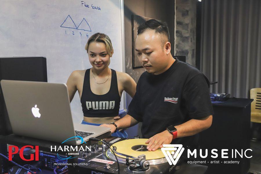 Khóa DJ chuyên nghiệp