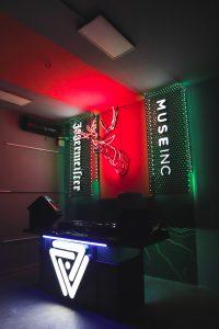 Phòng học mới của Muse và Jagermeister